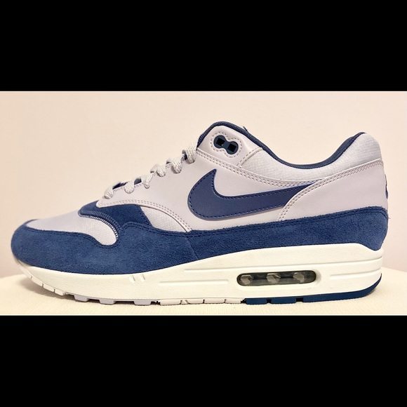 Nike Air Max 1 'Ghost Navy' Men's Size 11
